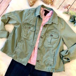 Vineyard Vines Army green jacket size M